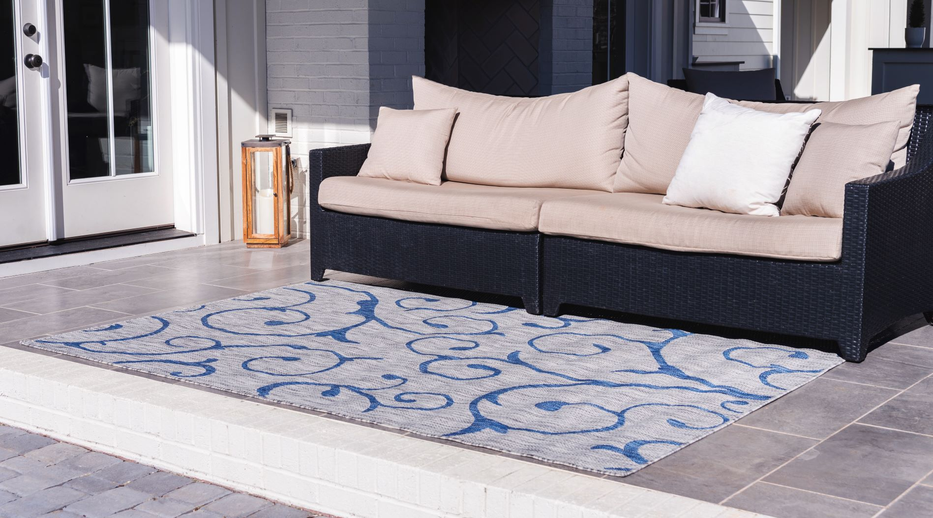 Outdoor Botanical Collection rug