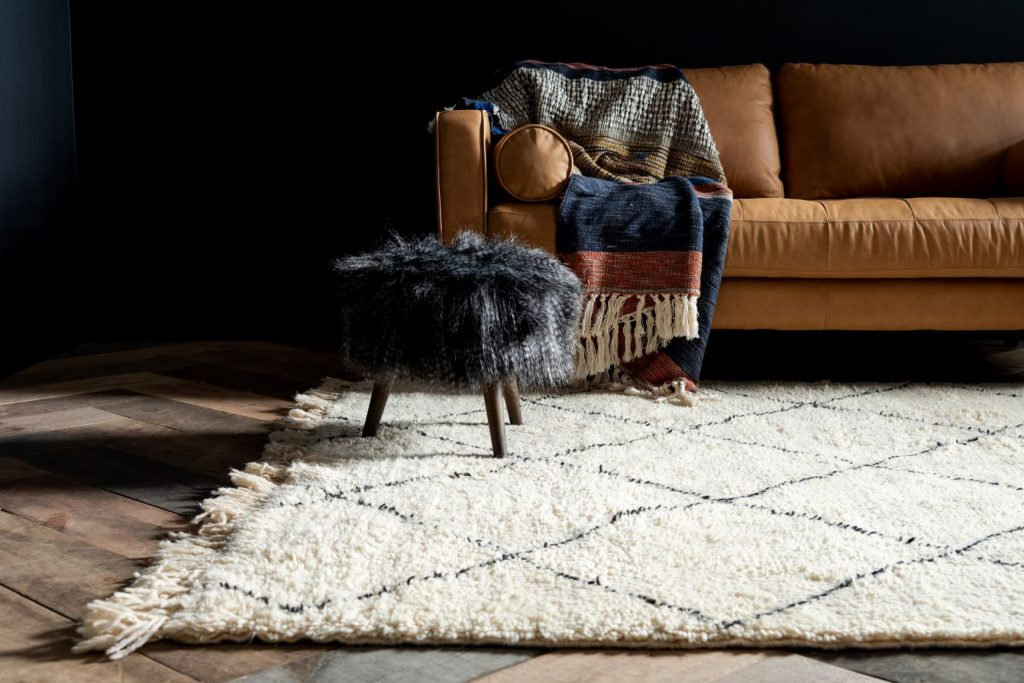 Hand-knotted Moroccan Beni-Ourain Rug