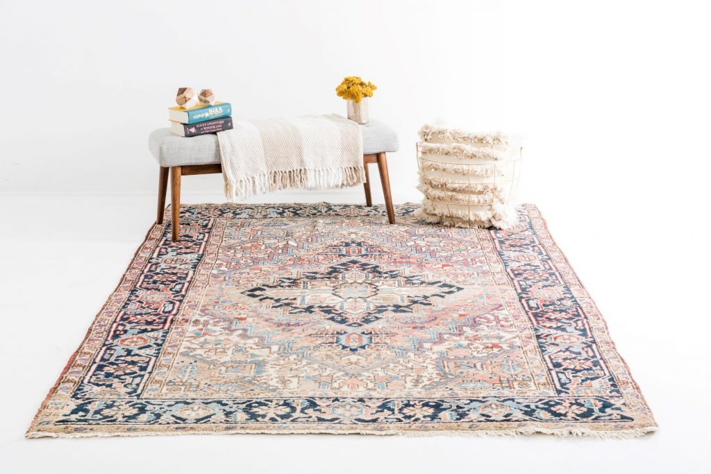 Hand-knotted Heriz Rug