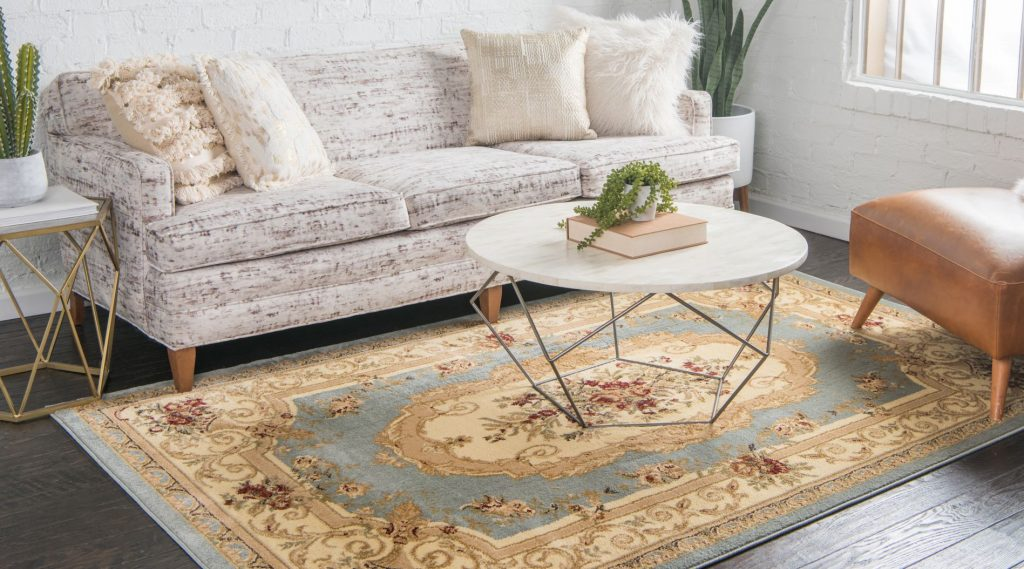 traditional farmhouse style rug in living room